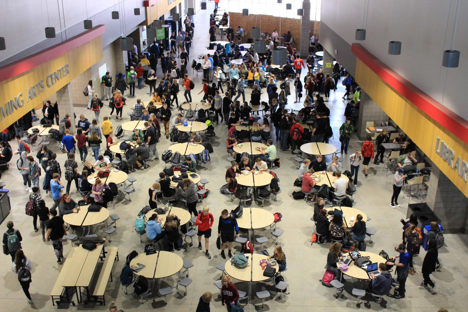 Students gather in the Commons during Lunch A on October 19.