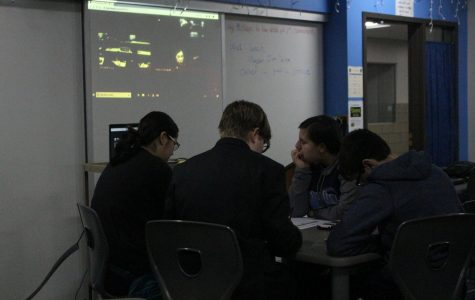 Quiz Bowl Competes Virtually