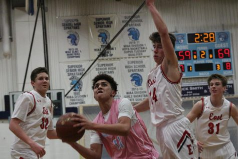 Spartans shot down by Hawks